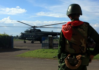 A helicopter with senior diplomats on board from the UN, United States, China, Britain, the European Union and India departs from Sittwe to visit Rohingya villages in the Maungdaw area of northern Arakan State on 2 November 2016. (Photo: Reuters)