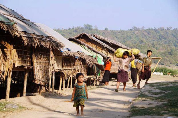 IDPs in Sechaung, Arakan State. February 2017. (PHOTO: DVB)