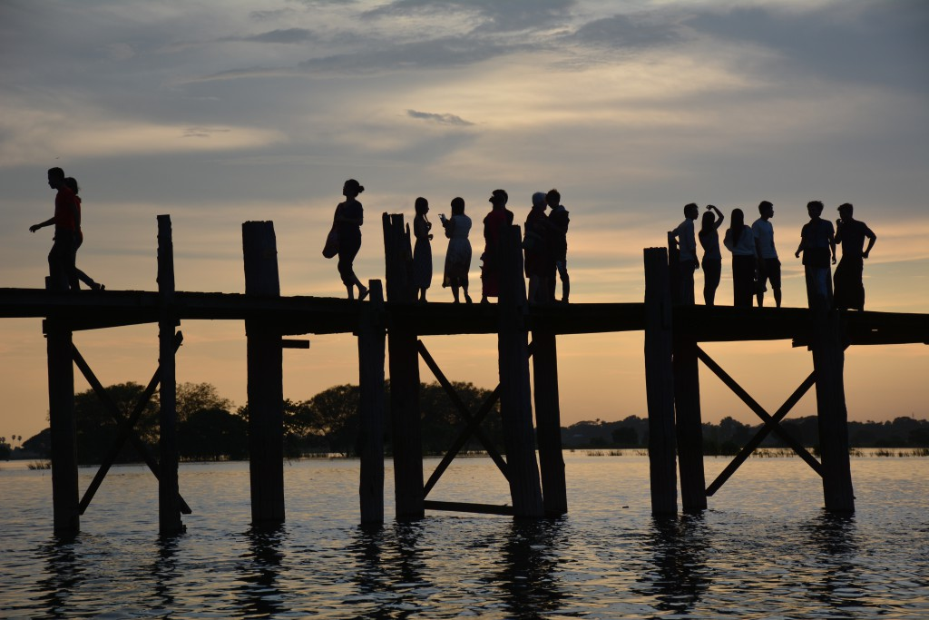 U Bein Bridge, as it usually looks. (PHOTO: Colin Hinshelwood/ DVB)