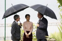NLD leader Aung San Suu Kyi (C) pictured between US Assistant Secretary of State Kurt Campbell (R) and United States embassy charge d''affaires Larry Dinger in Rangoon in 2010. (PHOTO: US Embassy Rangoon handout)