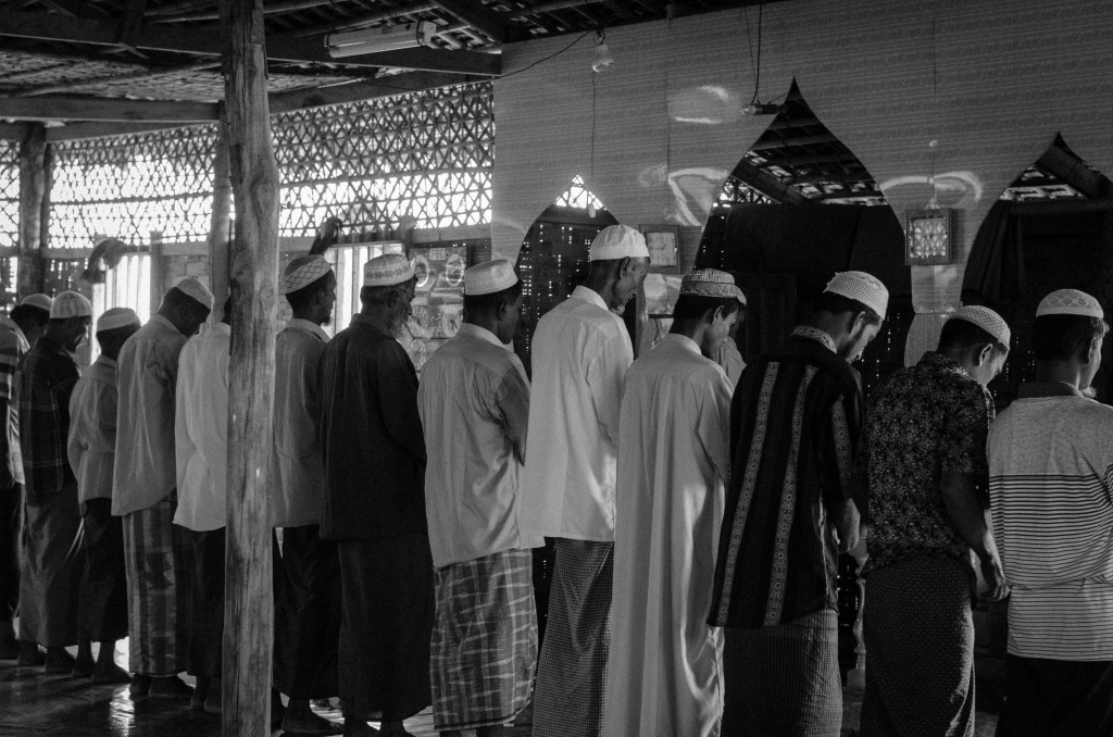 Afternoon prayer at the mosque in Thet Kae Pyin IDP camp, near Sittwe, Burma. (Photo: Alex Bookbinder)